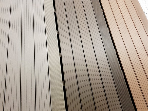 Terrassendiele BPC/WPC Expert Mahagoni - Muster