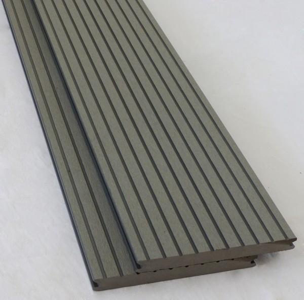 WPC Strong Style Breitprofil Terrassendiele Silver Cedar